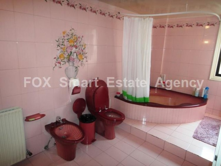 For Sale 7 Bedroom Detached House in Egkomi lefkosias, Nicosia 14