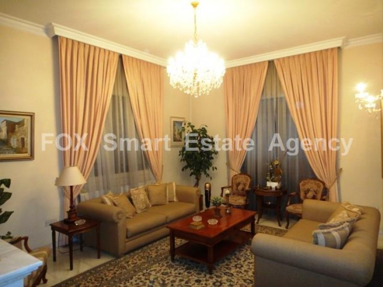 For Sale 7 Bedroom Detached House in Egkomi lefkosias, Nicosia 2