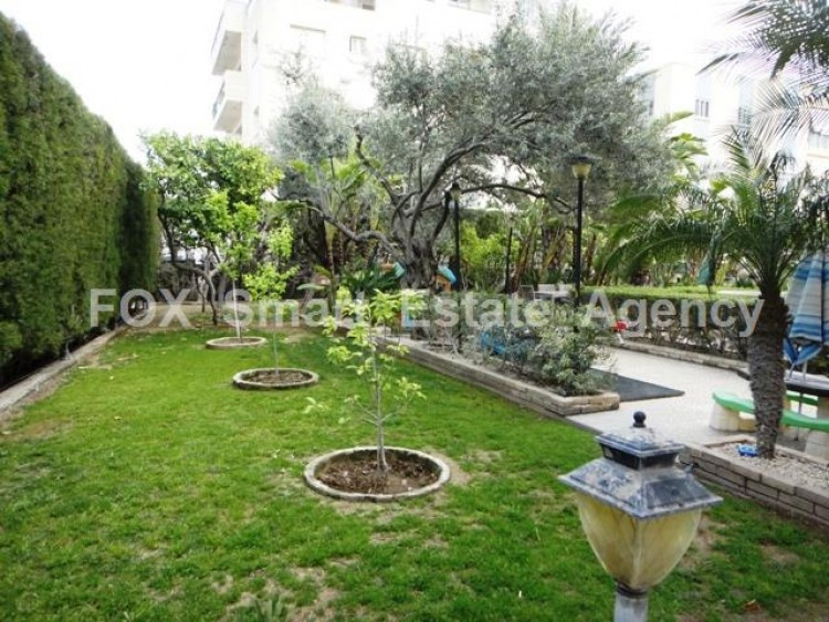 For Sale 7 Bedroom Detached House in Egkomi lefkosias, Nicosia 29