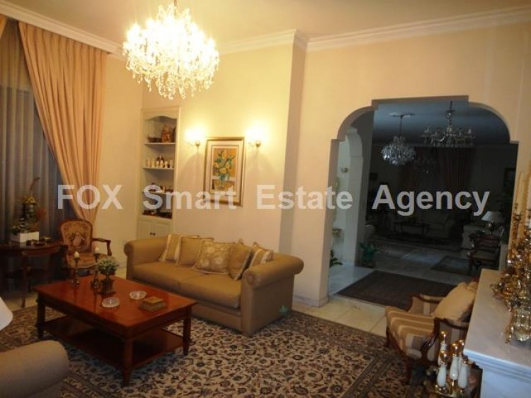 For Sale 7 Bedroom Detached House in Egkomi lefkosias, Nicosia 4