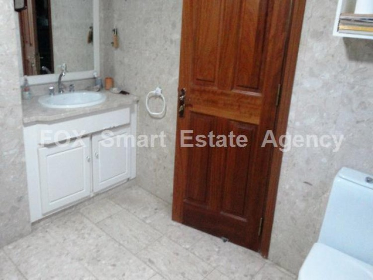 For Sale 5 Bedroom  House in Kato polemidia, Limassol 13