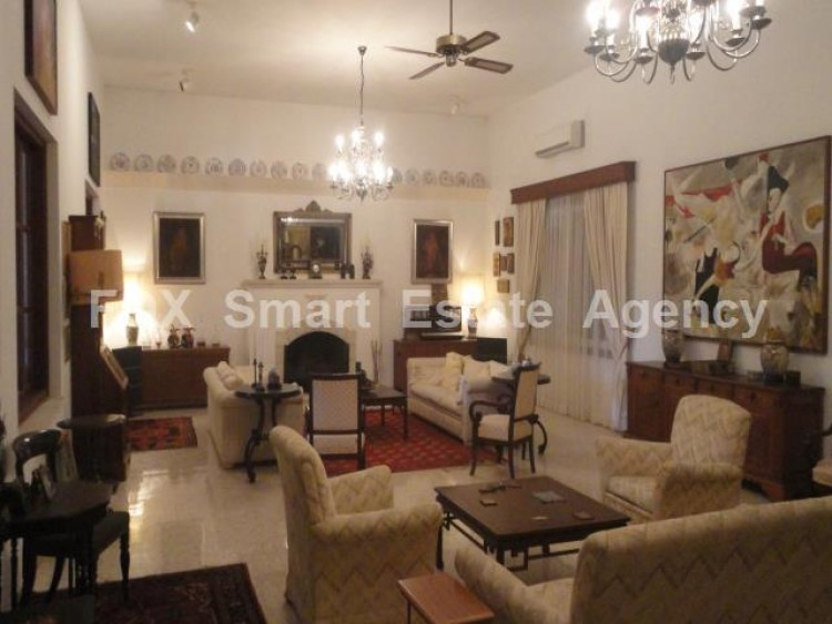 For Sale 5 Bedroom  House in Kato polemidia, Limassol 19