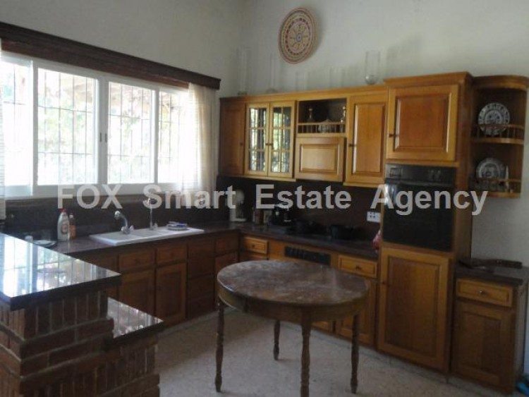 For Sale 5 Bedroom  House in Kato polemidia, Limassol 23