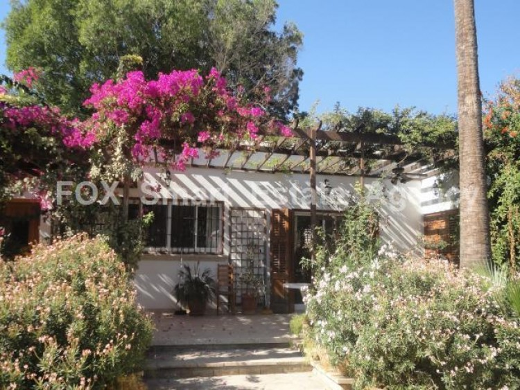 For Sale 5 Bedroom  House in Kato polemidia, Limassol 30