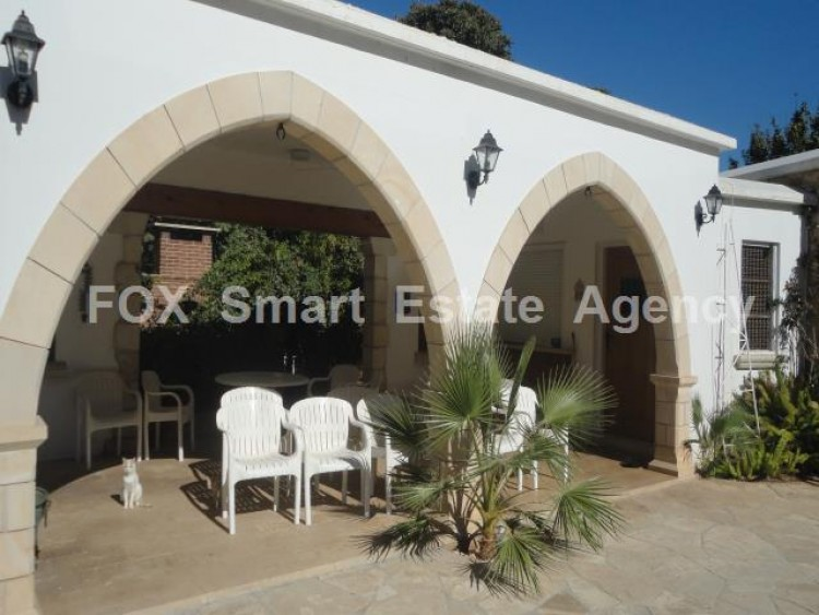 For Sale 5 Bedroom  House in Kato polemidia, Limassol 31