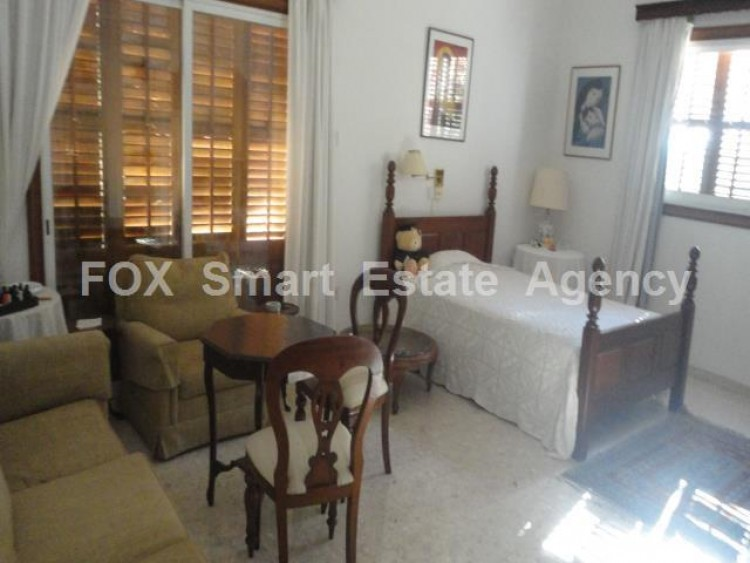 For Sale 5 Bedroom  House in Kato polemidia, Limassol 4