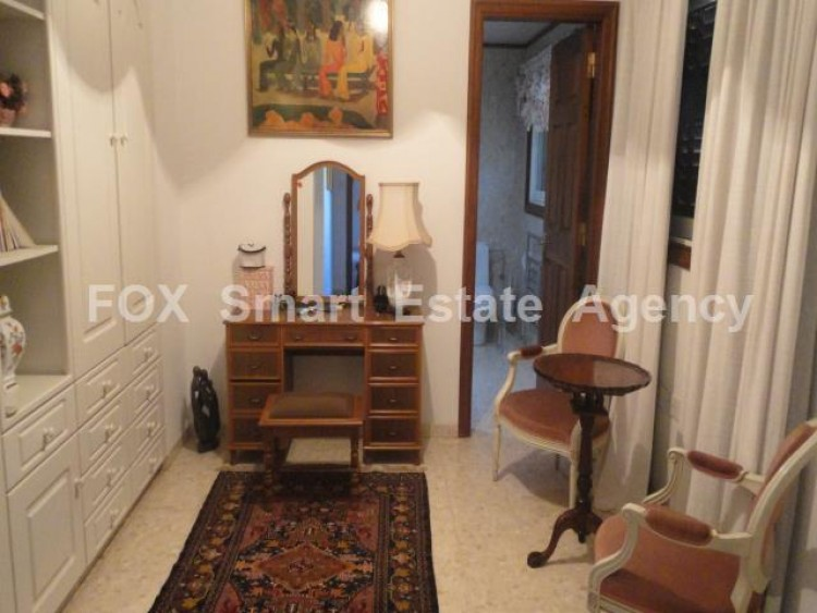 For Sale 5 Bedroom  House in Kato polemidia, Limassol 9