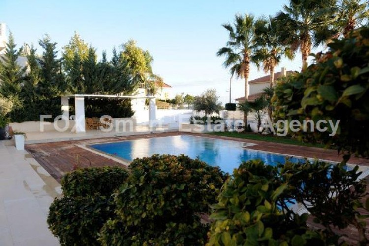 For Sale 5 Bedroom Detached House in Agios tychon, Limassol