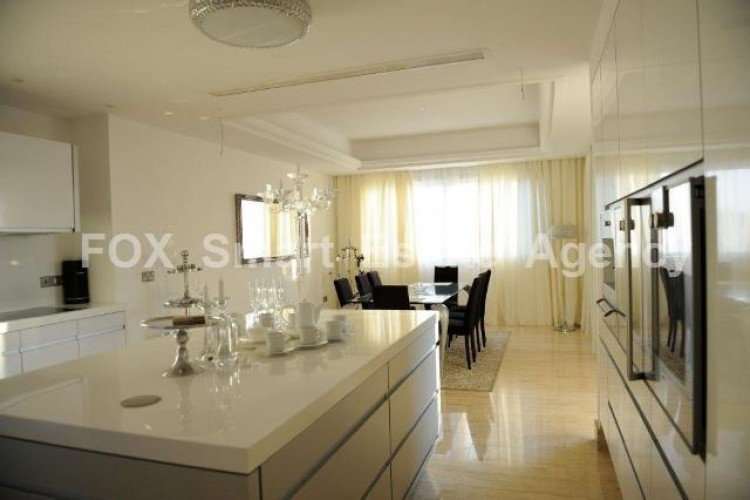 For Sale 5 Bedroom Detached House in Agios tychon, Limassol 8