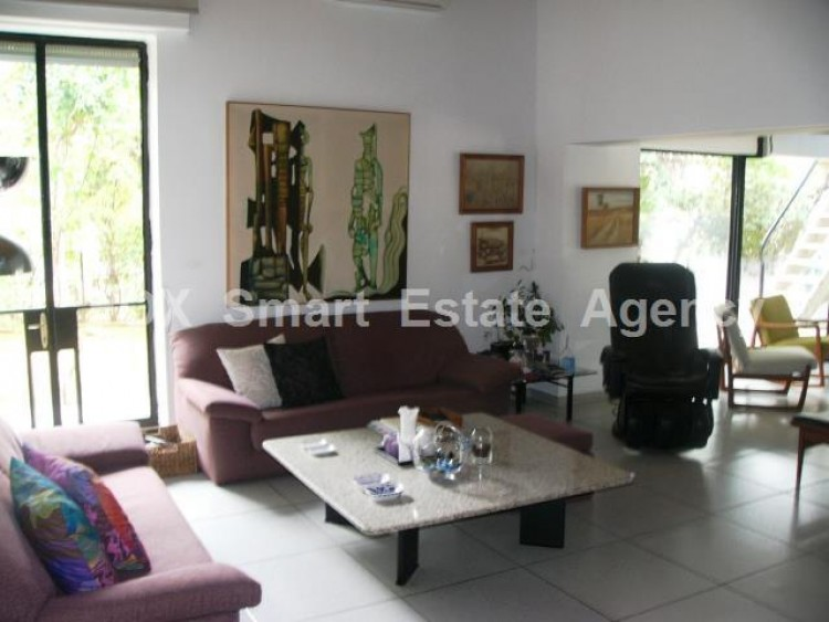For Sale 7 Bedroom Detached House in Agios andreas, Nicosia 16