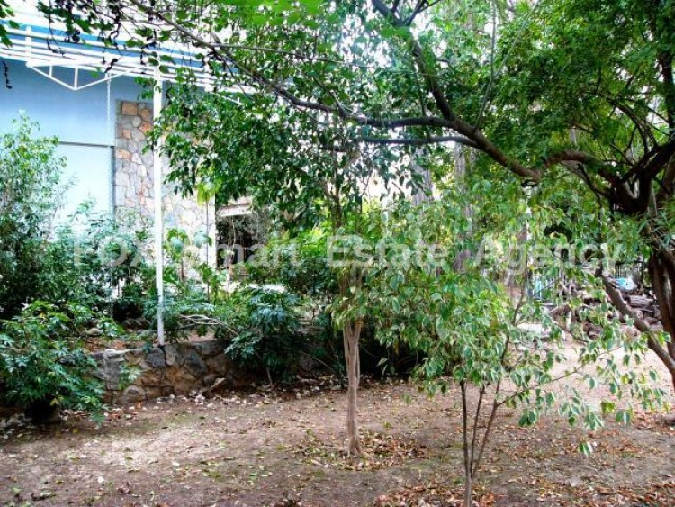 For Sale 7 Bedroom Detached House in Agios andreas, Nicosia 32