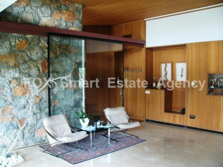 For Sale 7 Bedroom Detached House in Agios andreas, Nicosia 2