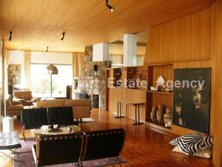 For Sale 7 Bedroom Detached House in Agios andreas, Nicosia 5