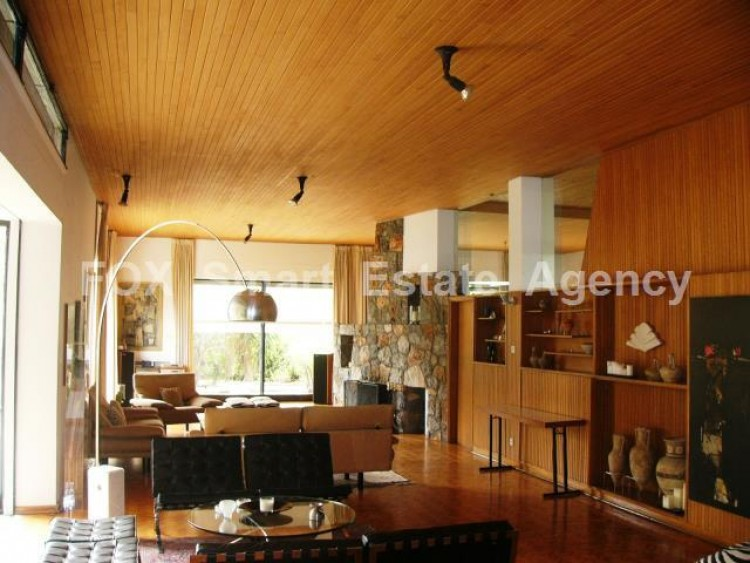 For Sale 7 Bedroom Detached House in Agios andreas, Nicosia 6