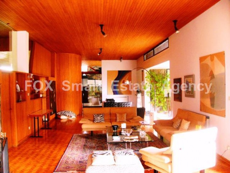 For Sale 7 Bedroom Detached House in Agios andreas, Nicosia