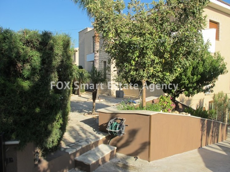 To Rent 6 Bedroom Detached House in Potamos germasogeias, Limassol 9
