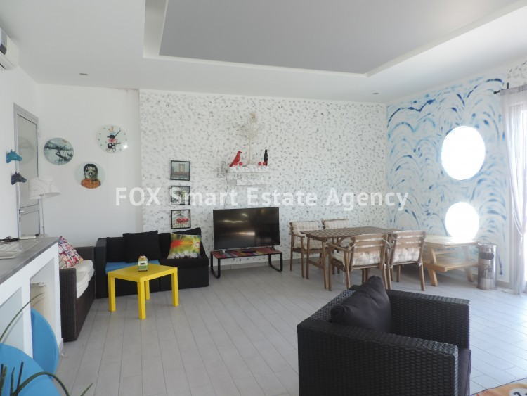For Sale 2 Bedroom Top floor with roof garden Apartment in Egkomi lefkosias, Nicosia 5