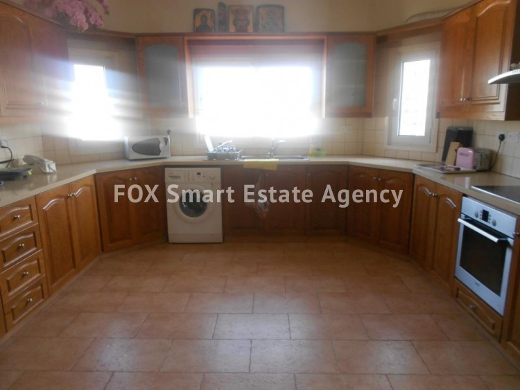 To Rent 3 Bedroom Penthouse Apartment in Larnaca centre, Larnaca 10