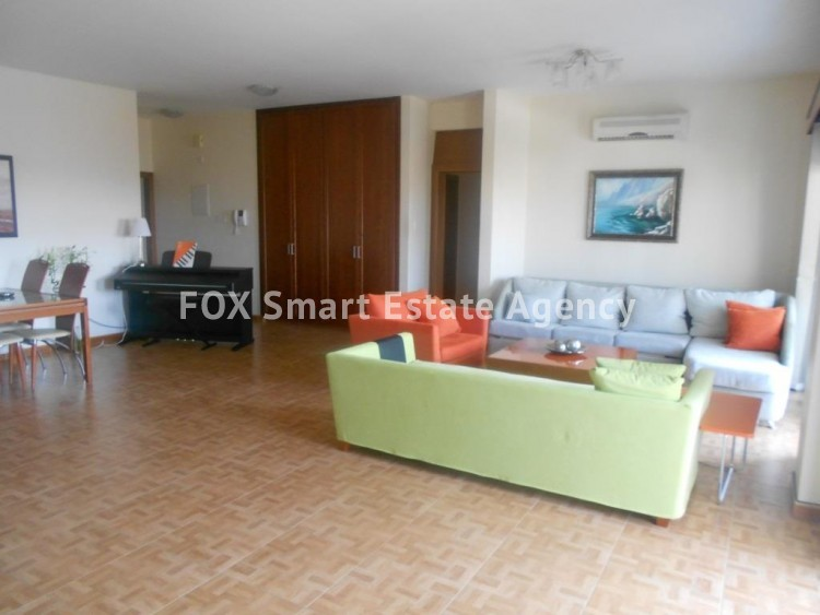 To Rent 3 Bedroom Penthouse Apartment in Larnaca centre, Larnaca 2