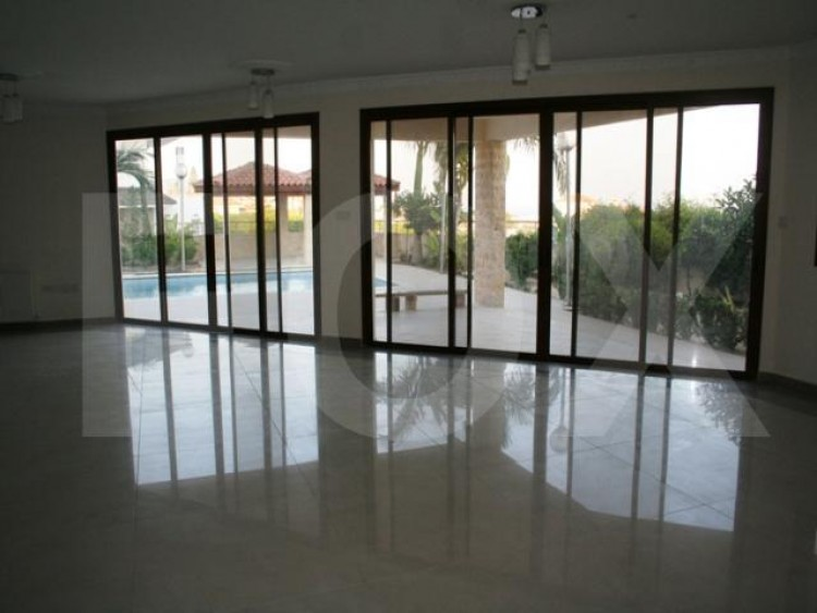 For Sale 8 Bedroom Detached House in Germasogeia, Limassol 32