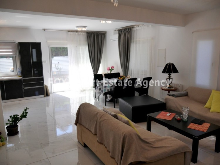 For Sale 3 Bedroom  House in Palodeia, Limassol 11