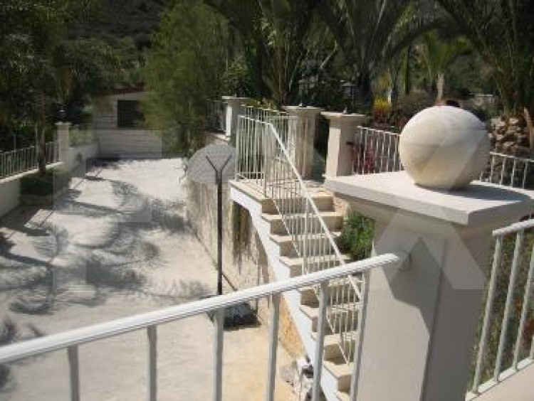 For Sale 6 Bedroom  House in Agios athanasios, Limassol 11
