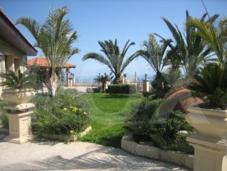 For Sale 6 Bedroom  House in Agios athanasios, Limassol 13
