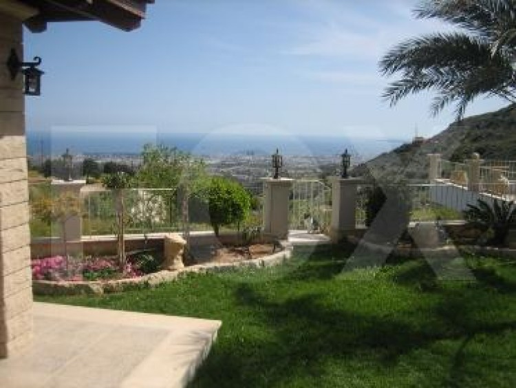 For Sale 6 Bedroom  House in Agios athanasios, Limassol 25