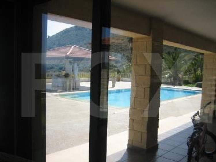 For Sale 6 Bedroom  House in Agios athanasios, Limassol 32