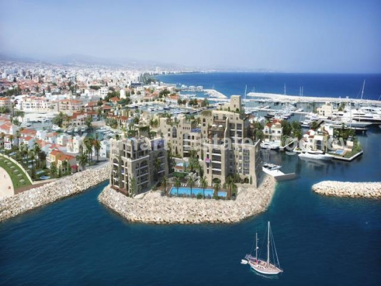 For Sale 4 Bedroom Apartment in Limassol, Limassol 2