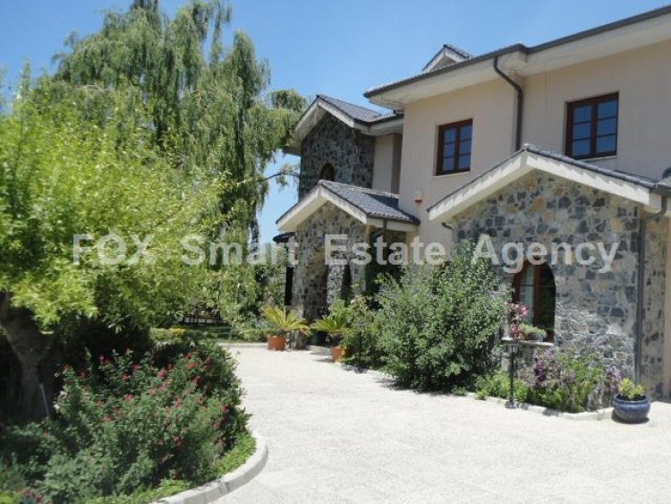 For Sale 5 Bedroom Detached House in Pera pedi, Limassol 2