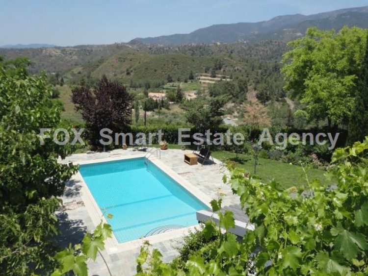 For Sale 5 Bedroom Detached House in Pera pedi, Limassol 3