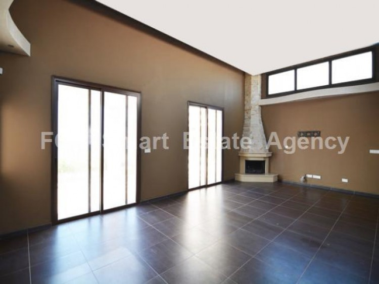 For Sale 5 Bedroom  House in Latchi, Polis Chrysochou, Paphos 7