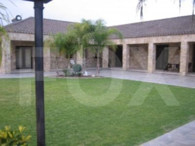 For Sale 7 Bedroom Detached House in Pyrgos lemesou, Limassol 10