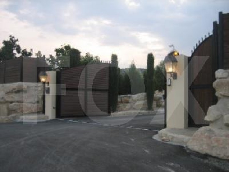 For Sale 7 Bedroom Detached House in Pyrgos lemesou, Limassol 13