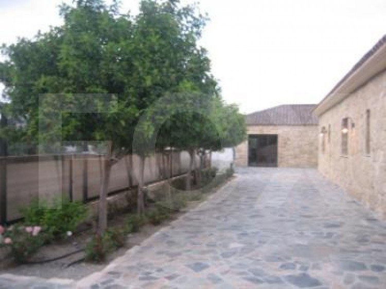 For Sale 7 Bedroom Detached House in Pyrgos lemesou, Limassol 23