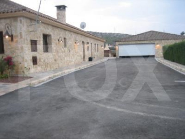 For Sale 7 Bedroom Detached House in Pyrgos lemesou, Limassol 31