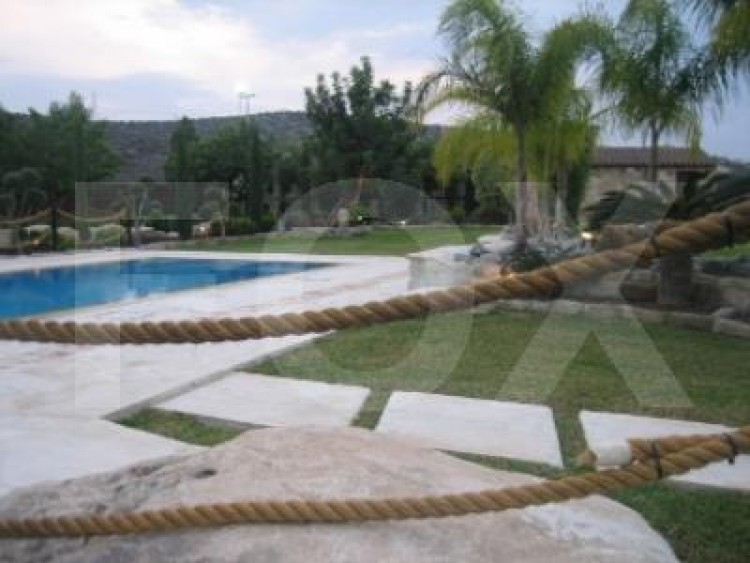 For Sale 7 Bedroom Detached House in Pyrgos lemesou, Limassol 35