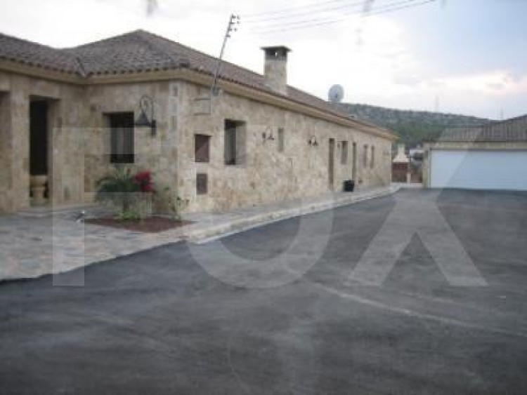 For Sale 7 Bedroom Detached House in Pyrgos lemesou, Limassol 4